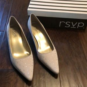 NWT RSVP Nude Pumps with rhinestones